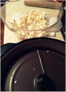 1-homemade popcorn with coconut oil